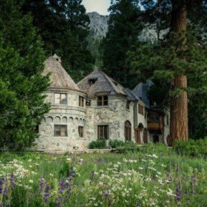 Oliver Luxury Real Estate- The Weekender- June 8, 2018